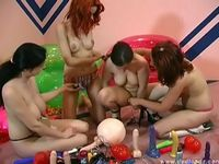 Download: Lovetoy Test - Sextoy Party-Winter